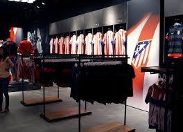 Compra Merchandising del Atletico de Madrid en Amazon
