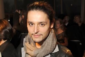 Olivier Theyskens ficha por Givenchy