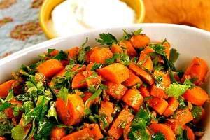 Receta para cocinar una ensalada con un toque de Marruecos