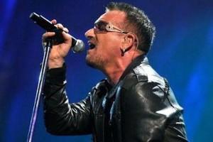 Por que Bono DE U2 usa Gafas Oscuras